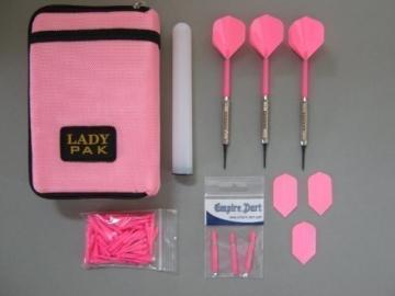 Dart-Tasche mit 3 Chrom-Dart-Pfeilen und Zubehör (38 - 1